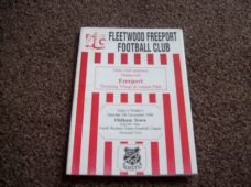 Fleetwood Freeport v Oldham Town, 1998/99